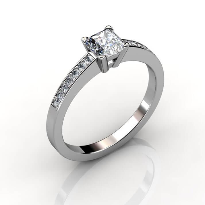 förlovningsring med prinsess slipad diamant