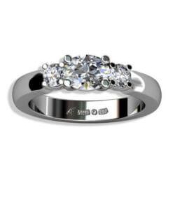 trestensring diamanter