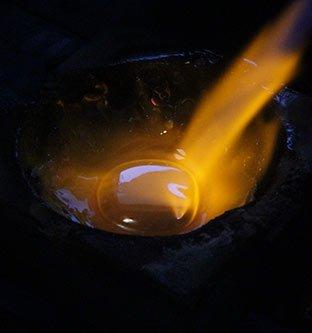 omarbetning av guld