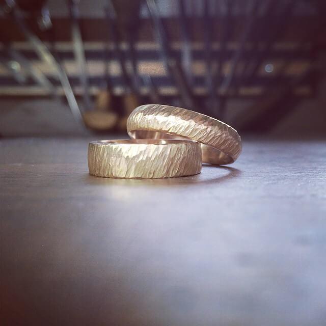 hamrade förlovningsringar