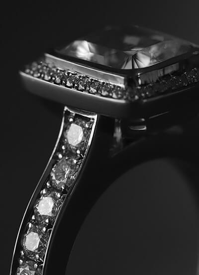 stycktillverkad diamantring