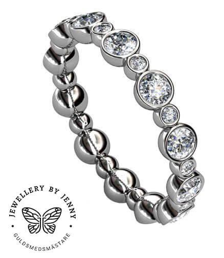 Helalliansring vitguld med diamanter